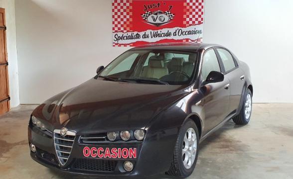 !!! A SAISIR !!! TRES BELLE ALFA ROMEO 159 1.9 JTDM 120 CV DISTINCTIVE
